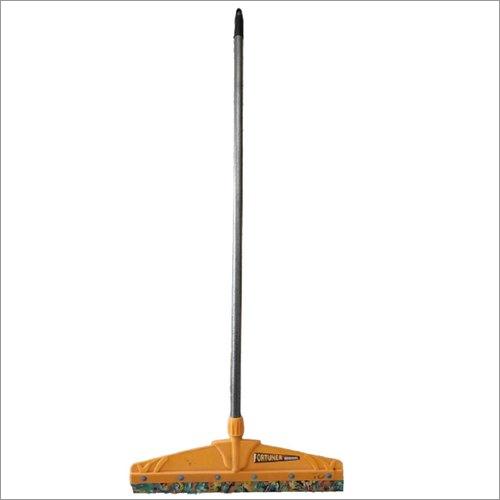 Showroom Floor Cleaning Wiper