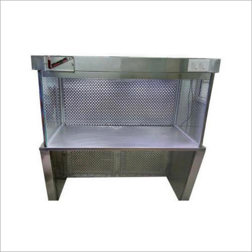 Horizontal Laminar Workstation