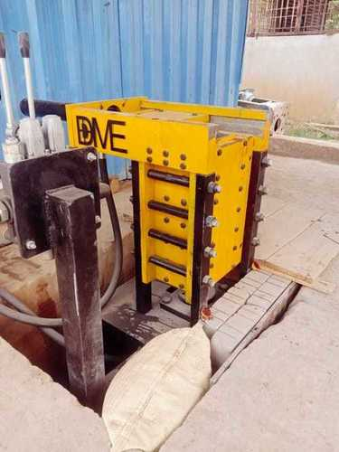 Hydraulic Interlock Bricks Machine