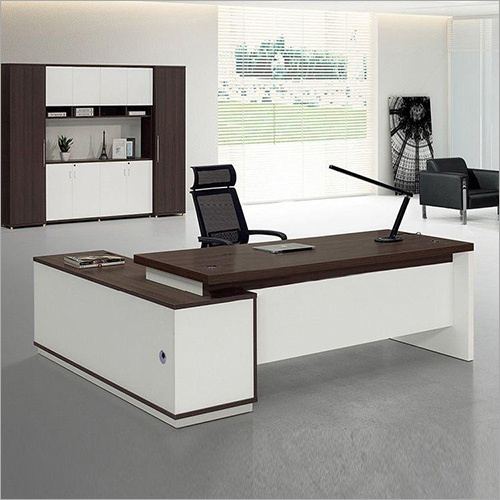 Boss Chair and Workstation