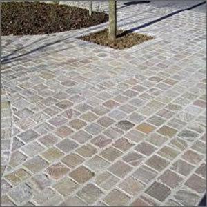 Natural Floor Cobblestone