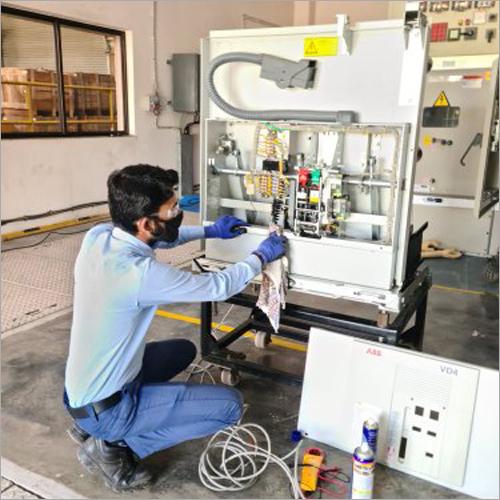 Circuit Breaker Maintenance Services