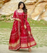 BANDHNI RED GOWN COLLECTION