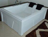 APPOLLO HUDSON 5.6X4 Bath Tub