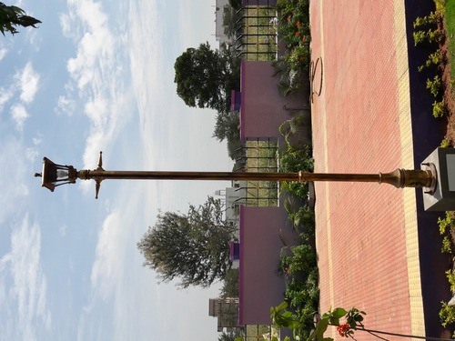 ARCHITECTURAL  LIGHTING LAMP  POLE