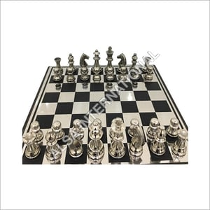Modern Luxury Metal Players Customized Chess Board Table