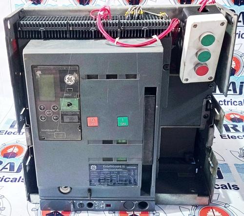 GE 800A AIR CIRCUIT BREAKER