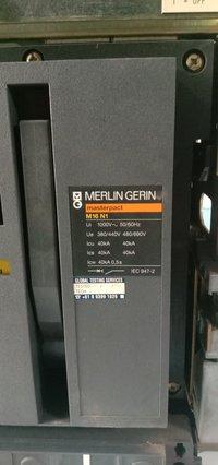 MERLIN GERIN 1600A AIR CIRCUIT BREAKER