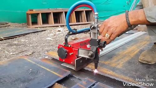 PUG PLASMA GAS CUTTING MACHINE