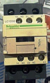 SCHNEIDER LC1D32 CONTACTOR