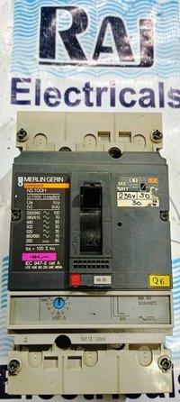 MERLIN GERIN (NS 100H) 50 AMP MCCB