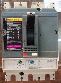 MERLIN GERIN (NS250H) 250 AMP MCCB