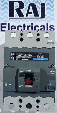 L&T (d sine - DN1 - 160M) 100 AMP MCCB