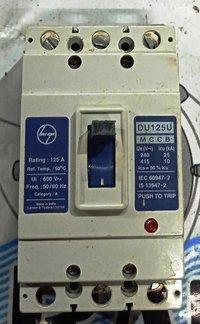 L&T (DU125U) 125 AMP MCCB